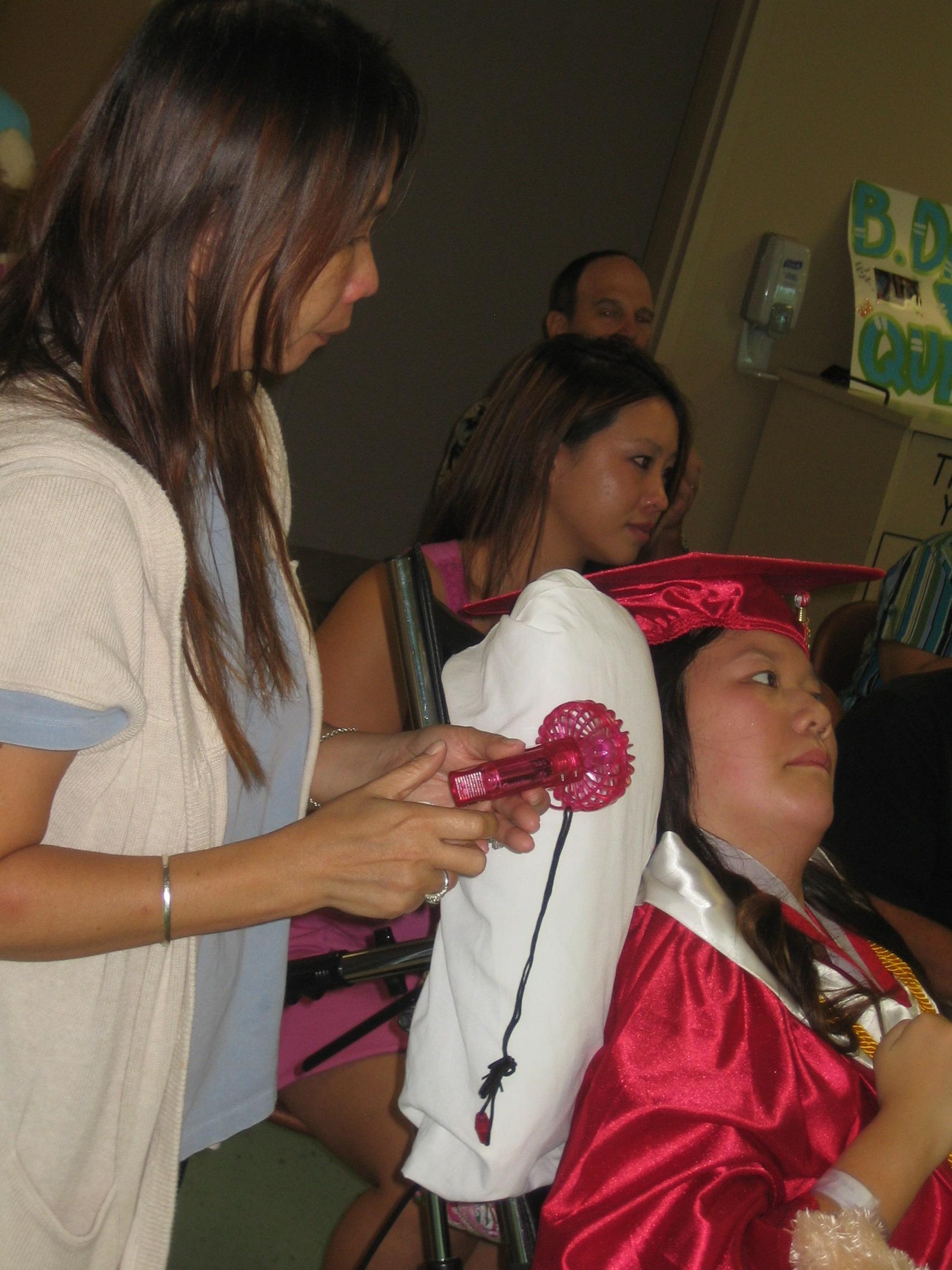 Queena Graduation 023