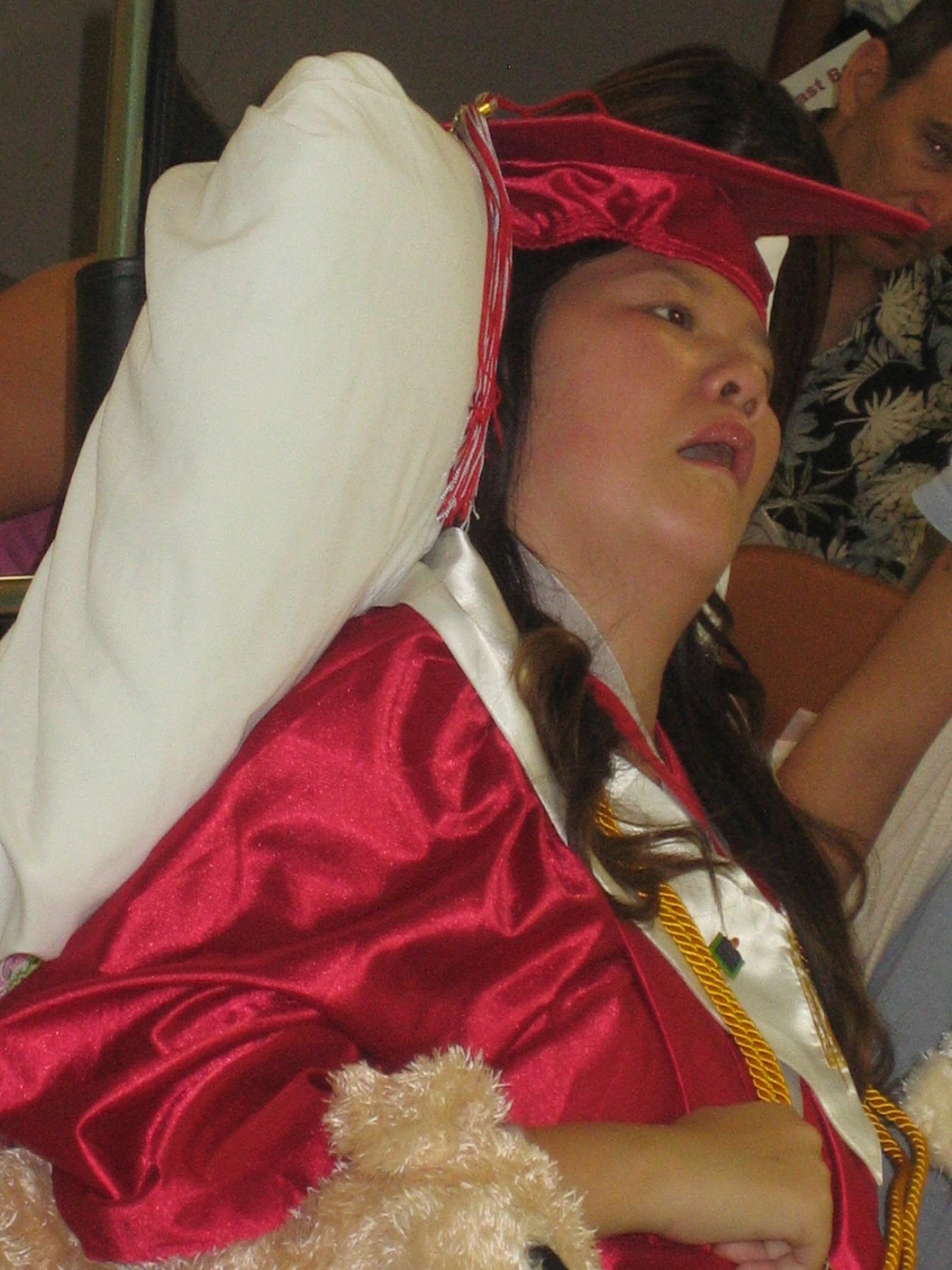 Queena Graduation 028