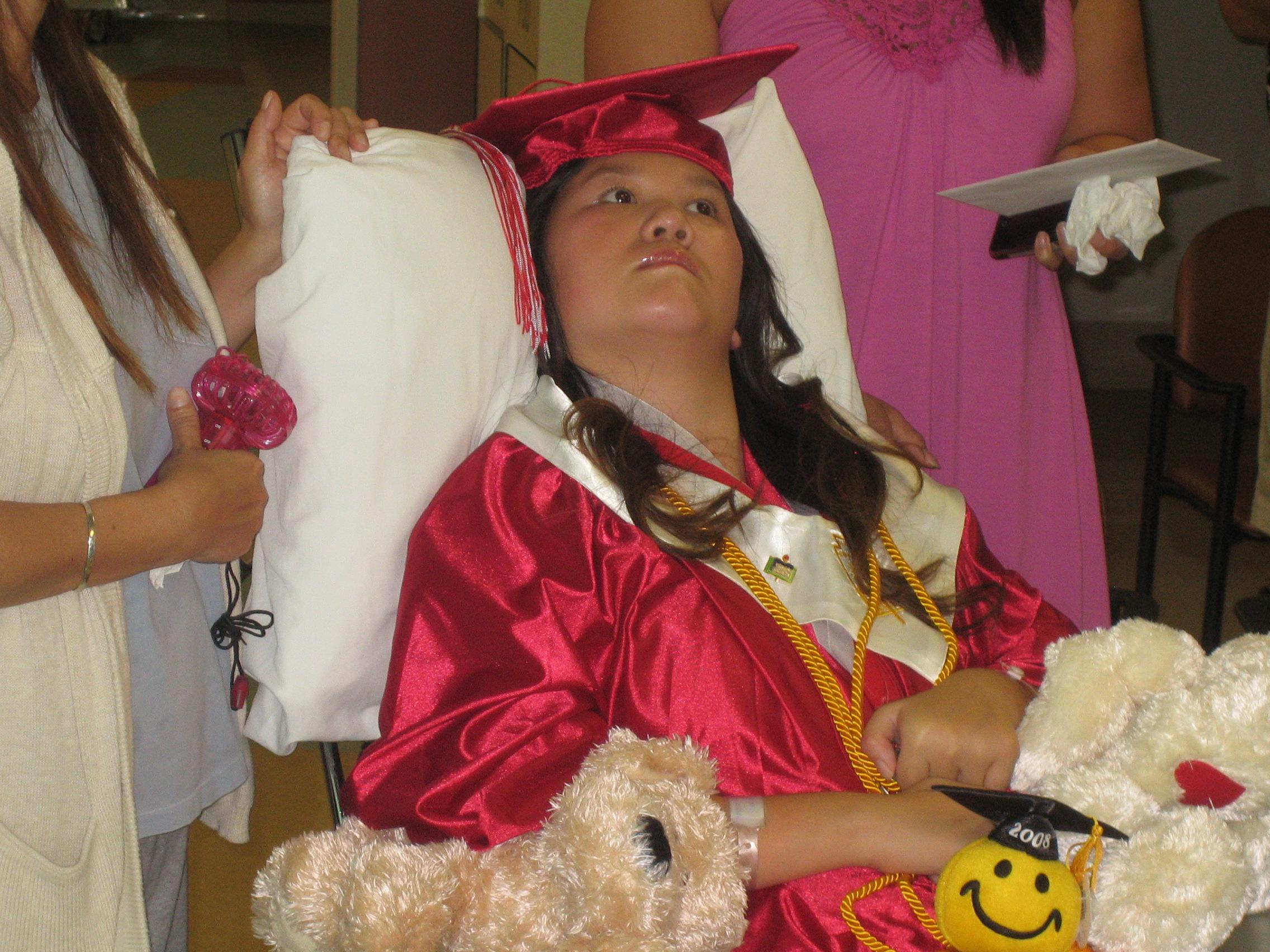 Queena Graduation 032