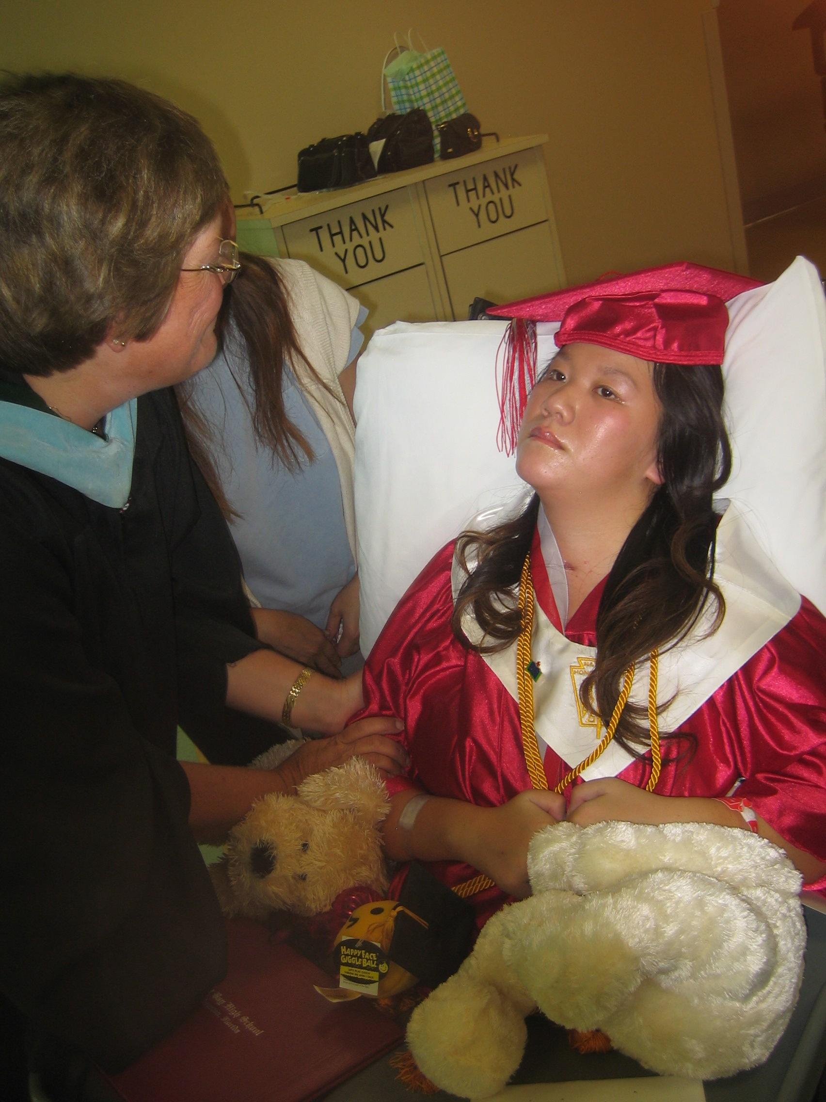 Queena Graduation 037