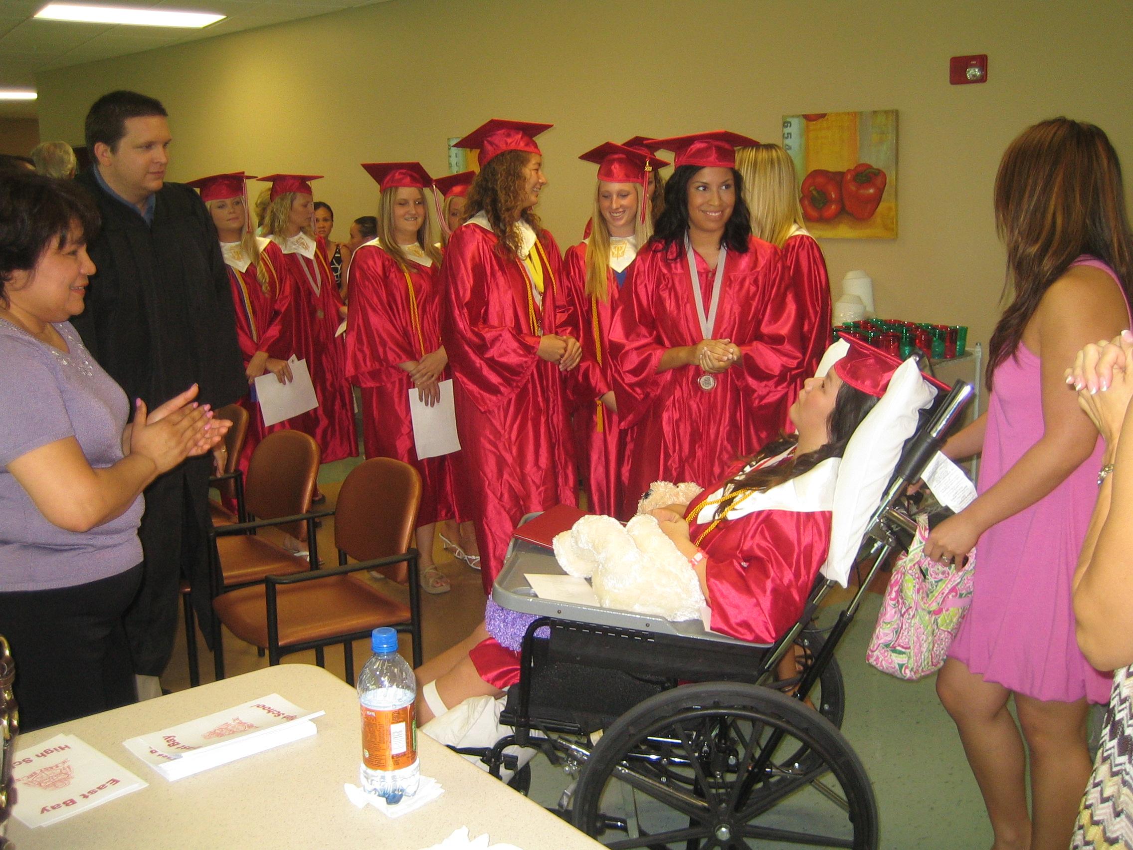 Queena Graduation 038